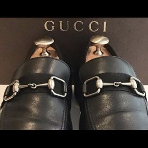 GUCCI Men's Luxe Black Loafers w/ Silver Horse-bit